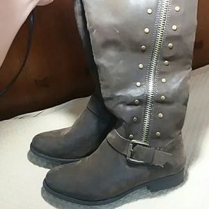 Nicole boots brown 7.5